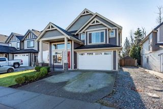 Photo 1: 32958 EGGLESTONE Avenue in Mission: Mission BC House for sale : MLS®# R2522416