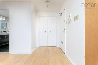 Photo 3: 404 990 McLean Street in Halifax: 2-Halifax South Residential for sale (Halifax-Dartmouth)  : MLS®# 202120878