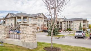 Photo 2: 2214 2518 Fish Creek Boulevard SW in Calgary: Evergreen Apartment for sale : MLS®# A1127898
