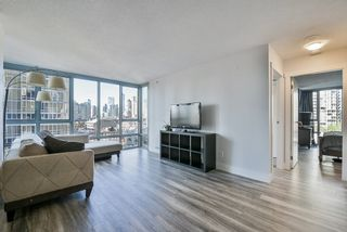 "Photo 5: 903 930 CAMBIE Street in Vancouver: Yaletown Condo for sale in ""PACIFIC PLACE LANDMARK II"" (Vancouver West)  : MLS®# R2422191"