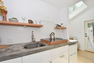 Photo 14: 2236 E Pender Street in Vancouver: Grandview VE House for sale (Vancouver East)  : MLS®# R2073977