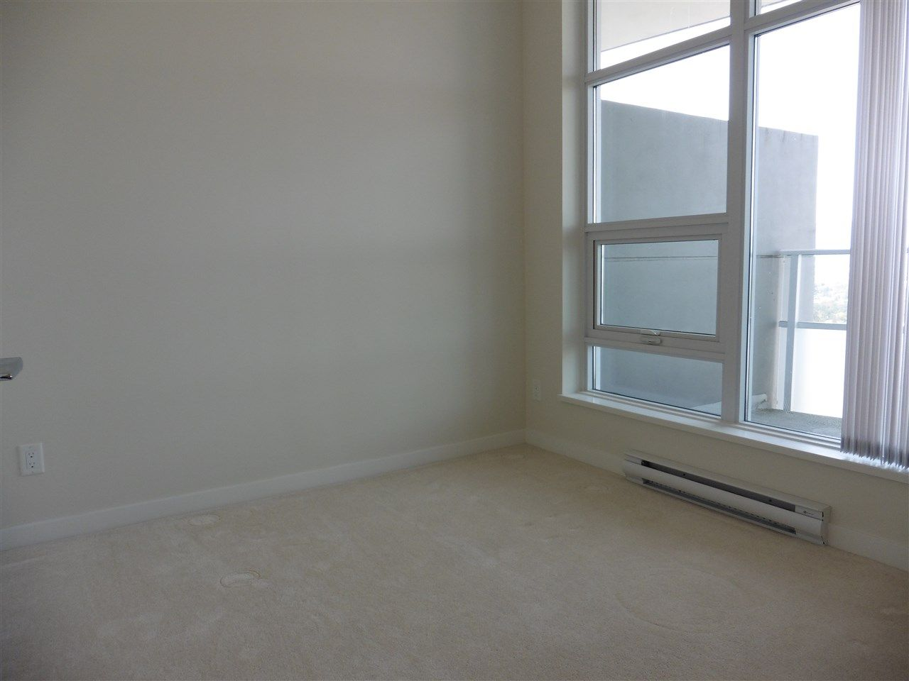 """Photo 13: Photos: 3702 4880 BENNETT Street in Burnaby: Metrotown Condo for sale in """"CHANCELLOR"""" (Burnaby South)  : MLS®# R2006395"""