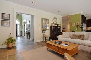 """Photo 10: 35511 DONEAGLE Place in Abbotsford: Abbotsford East House for sale in """"EAGLE MOUNTAIN"""" : MLS®# R2065635"""