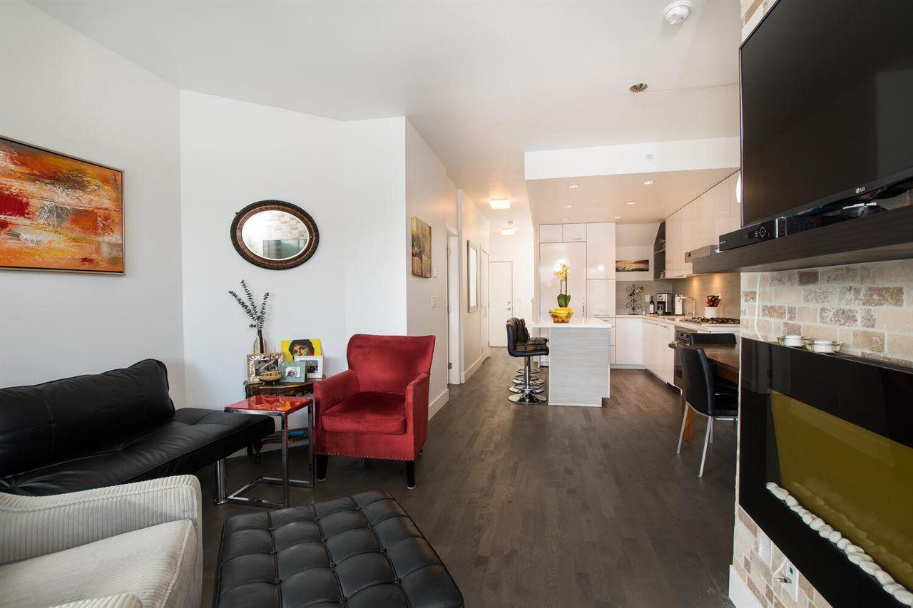 "Photo 9: Photos: 411 1628 W 4TH Avenue in Vancouver: False Creek Condo for sale in ""RADIUS"" (Vancouver West)  : MLS®# R2552543"