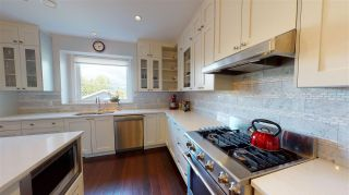 Photo 7: 581 E 30TH Avenue in Vancouver: Fraser VE House for sale (Vancouver East)  : MLS®# R2589830