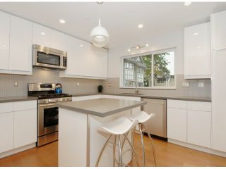 """Photo 7: # 1 1466 EVERALL ST: White Rock Townhouse for sale in """"THE FIVE"""" (South Surrey White Rock)  : MLS®# F1313640"""