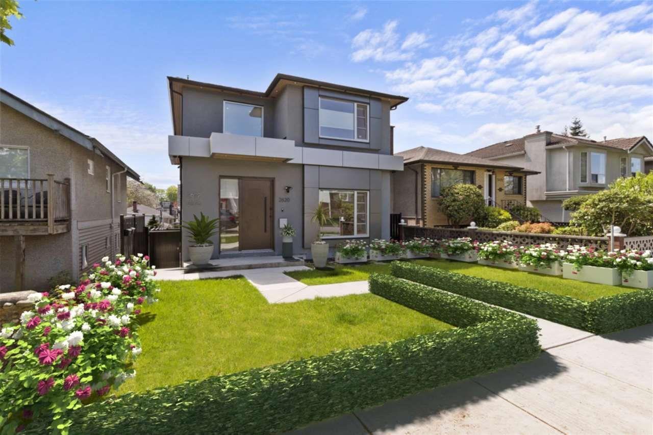 Main Photo: 2620 ADANAC Street in Vancouver: Renfrew VE House for sale (Vancouver East)  : MLS®# R2584945