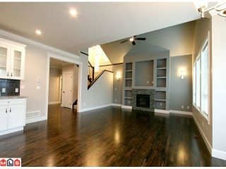 Photo 4: 17395 3Rd Avenue in South Surrey Whiterock: Pacific Douglas House for sale (South Surrey White Rock)  : MLS®# F1023584