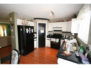 Photo 8: 8075 LAGUNA Way NE in CALGARY: Monterey Park Residential Detached Single Family for sale (Calgary)  : MLS®# C3526245