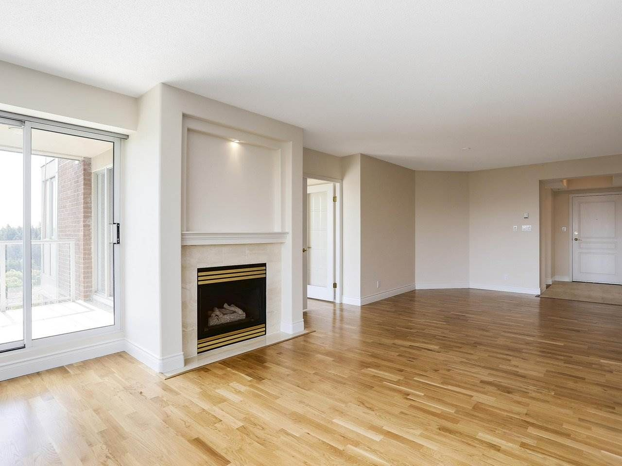 """Photo 4: Photos: 1704 5775 HAMPTON Place in Vancouver: University VW Condo for sale in """"CHATHAM"""" (Vancouver West)  : MLS®# R2196974"""