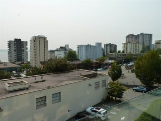 "Photo 17: 402 570 18TH Street in West Vancouver: Ambleside Condo for sale in ""WENTWORTH"" : MLS®# R2194488"