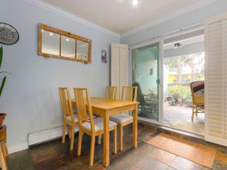 """Photo 5: 103 222 N TEMPLETON Drive in Vancouver: Hastings Condo for sale in """"CAMBRIDGE COURT"""" (Vancouver East)  : MLS®# R2383049"""