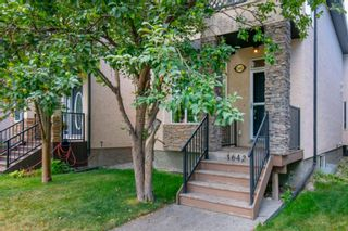 Photo 2: 1642 Westmount Boulevard NW in Calgary: Hillhurst Detached for sale : MLS®# A1138673