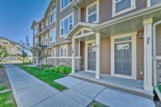 Photo 2: 539 Panatella Walk NW in Calgary: Panorama Hills Row/Townhouse for sale : MLS®# A1125854