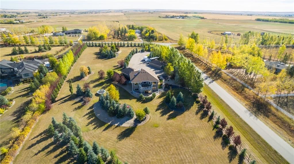 Main Photo: 60064 282 Avenue E: Rural Foothills County Detached for sale : MLS®# A1042213