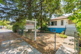 Photo 2: 3296 TURNER Street in Vancouver: Renfrew VE House for sale (Vancouver East)  : MLS®# R2621858