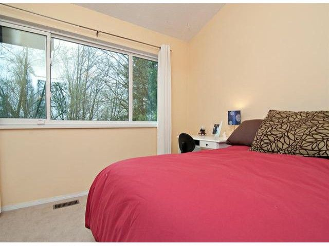 """Photo 11: Photos: 10470 SANTA MONICA Drive in Delta: Nordel House for sale in """"CANTERBURY HEIGHTS"""" (N. Delta)  : MLS®# F1405852"""