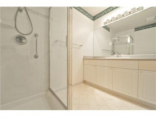 """Photo 14: 412 1785 MARTIN Drive in Surrey: Sunnyside Park Surrey Condo for sale in """"SOUTHWYND"""" (South Surrey White Rock)  : MLS®# F1419891"""