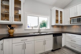"""Photo 10: 1004 DUBLIN Street in New Westminster: Moody Park House for sale in """"Moody Park"""" : MLS®# R2601230"""
