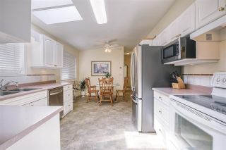 "Photo 13: 102 9080 198 Street in Langley: Walnut Grove Manufactured Home for sale in ""FOREST GREEN ESTATES"" : MLS®# R2486756"