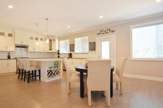 """Photo 8: 2701 CABOOSE Place in Abbotsford: Aberdeen House for sale in """"Station Woods"""" : MLS®# R2211880"""