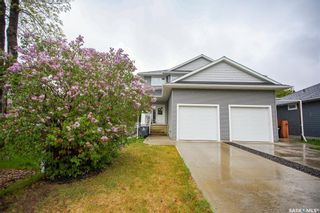 Photo 2: 1548 Empress Avenue in Saskatoon: North Park Residential for sale : MLS®# SK856681
