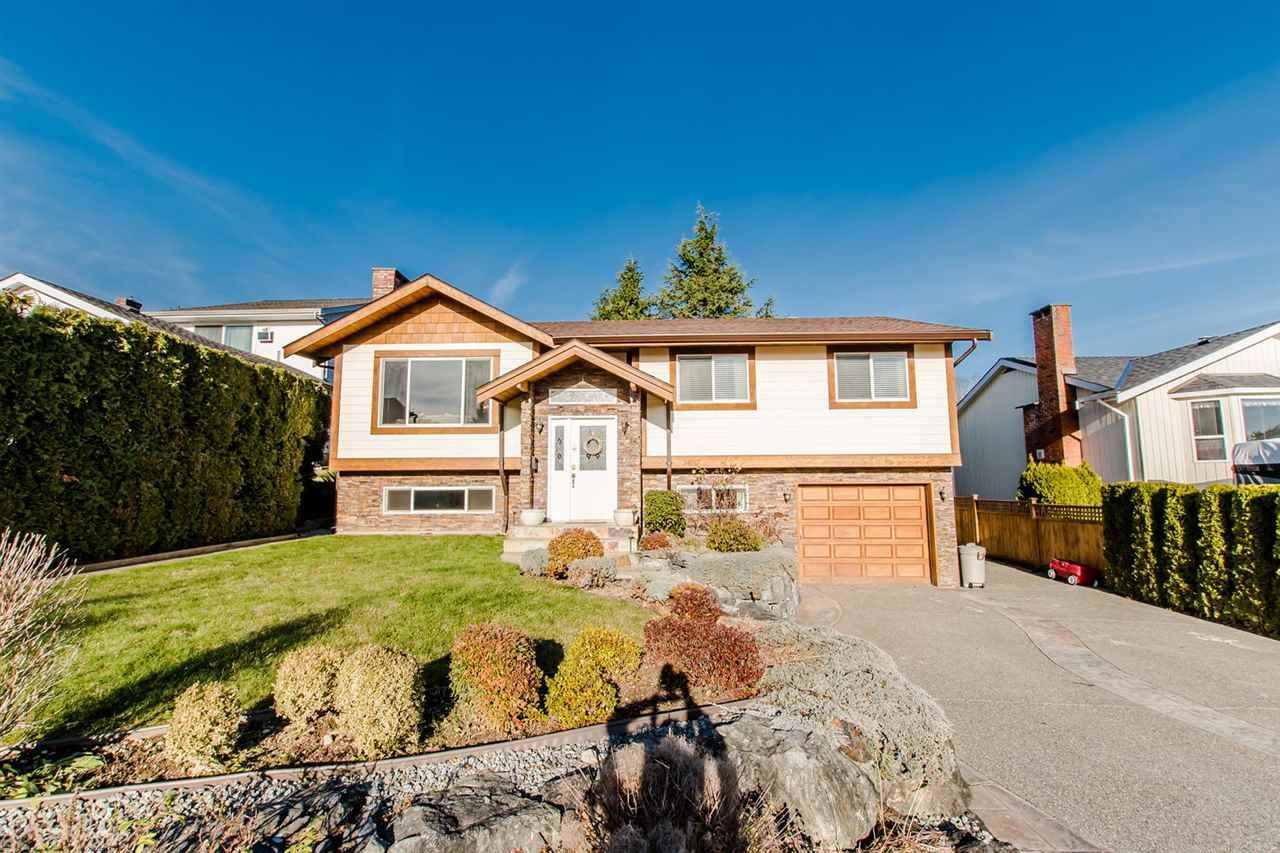 """Main Photo: 34747 CHANTRELL Place in Abbotsford: Abbotsford East House for sale in """"McMillan"""" : MLS®# R2228150"""