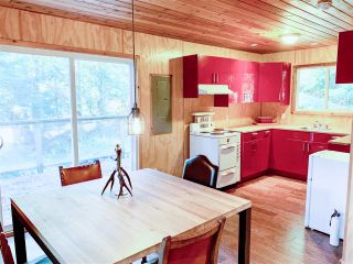 Photo 5: 303 GORDON Road: Keats Island House for sale (Sunshine Coast)  : MLS®# R2359616