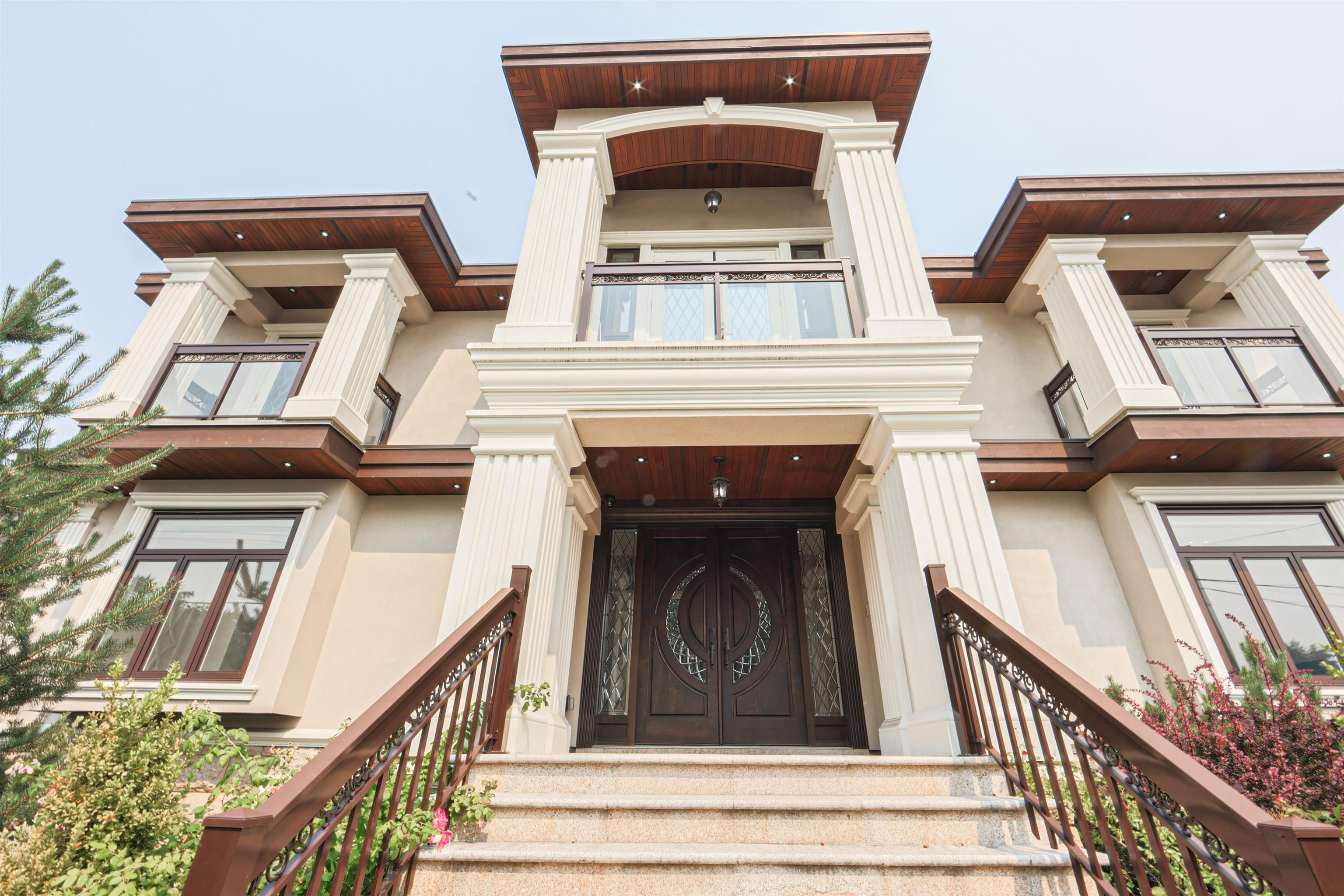 Main Photo: 6951 ADAIR Street in Burnaby: Montecito House for sale (Burnaby North)  : MLS®# R2608384