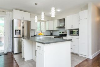 """Photo 8: 20235 36 Avenue in Langley: Brookswood Langley House for sale in """"Brookswood"""" : MLS®# R2301406"""
