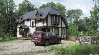 Photo 1: 174 Neis Drive in Emma Lake: Residential for sale : MLS®# SK871623