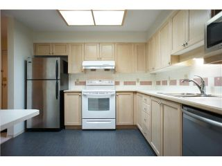 Photo 7: # 205 6735 STATION HILL CT in Burnaby: South Slope Condo for sale (Burnaby South)  : MLS®# V1068430