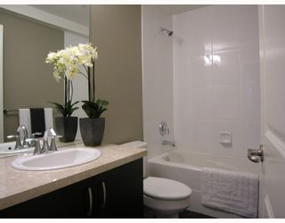 Photo 7: 2868 SPRUCE Street in Vancouver: Fairview VW Townhouse for sale (Vancouver West)  : MLS®# V694898