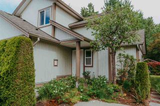 """Photo 1: 53 735 PARK Road in Gibsons: Gibsons & Area Townhouse for sale in """"Sherwood Grove"""" (Sunshine Coast)  : MLS®# R2371940"""