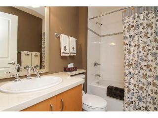 """Photo 20: 205 1551 FOSTER Street: White Rock Condo for sale in """"Sussex House"""" (South Surrey White Rock)  : MLS®# F1407910"""