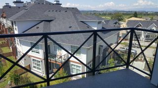 Photo 4: 405 14605 MCDOUGALL DRIVE in Surrey: King George Corridor Condo for sale (South Surrey White Rock)  : MLS®# R2506564