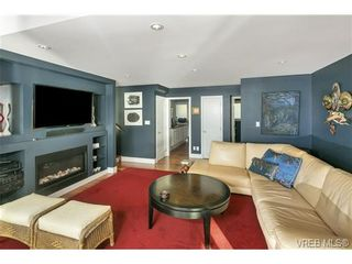 Photo 11: LUXURY REAL ESTATE FOR SALE IN DEEP COVE, B.C. CANADA SOLD With Ann Watley