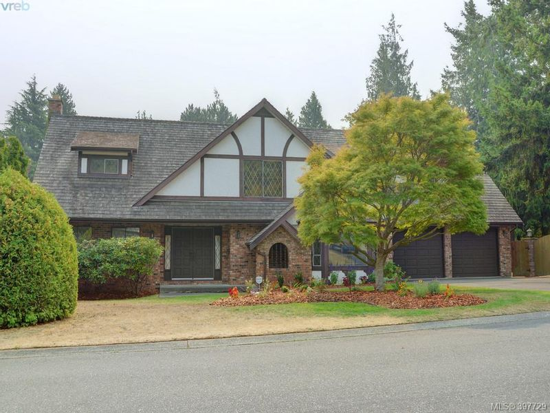 FEATURED LISTING: 2314 Greenlands Rd VICTORIA