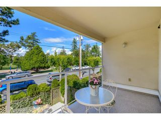 """Photo 30: 206 15338 18 Avenue in Surrey: King George Corridor Condo for sale in """"PARKVIEW GARDENS"""" (South Surrey White Rock)  : MLS®# R2592224"""