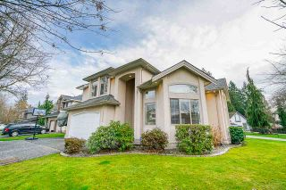 Photo 2: 20652 89A AVE Avenue in Langley: Walnut Grove House for sale : MLS®# R2439926