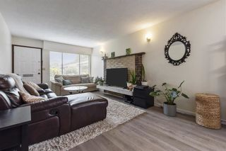 Photo 3: 1743 E 11TH Avenue in Vancouver: Grandview Woodland House for sale (Vancouver East)  : MLS®# R2578382