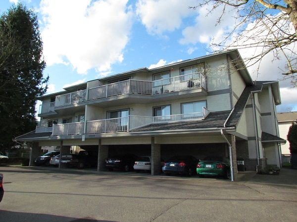 Main Photo: 103 33225 Old Yale Road in Abbotsford: Condo for rent