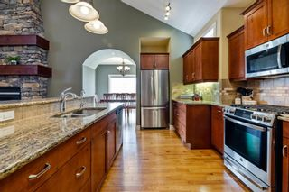 Photo 6: 218 Valley Crest Court NW in Calgary: Valley Ridge Detached for sale : MLS®# A1101565