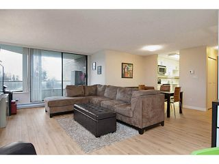 """Photo 5: 802 5790 PATTERSON Avenue in Burnaby: Metrotown Condo for sale in """"The Regent"""" (Burnaby South)  : MLS®# V988077"""