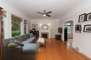 """Photo 10: 1070-80 W 15TH Avenue in Vancouver: Fairview VW House for sale in """"Fairview"""" (Vancouver West)  : MLS®# R2133883"""