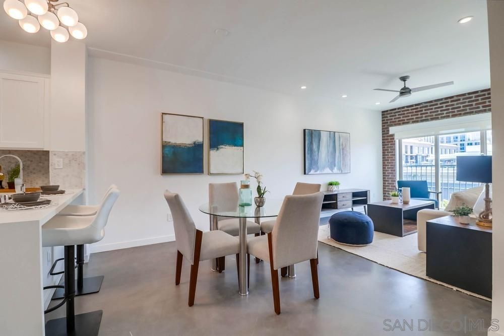 Main Photo: DOWNTOWN Condo for sale : 1 bedrooms : 450 J #5151 in San Diego