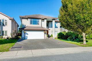 Photo 2: 12105 201 STREET in MAPLE RIDGE: Home for sale : MLS®# V1143036