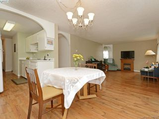 Photo 1: 105 415 Linden Ave in VICTORIA: Vi Fairfield West Condo for sale (Victoria)  : MLS®# 790250