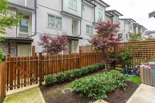 Photo 2: 28 5867 129 Street in Surrey: Panorama Ridge Townhouse for sale : MLS®# R2515216