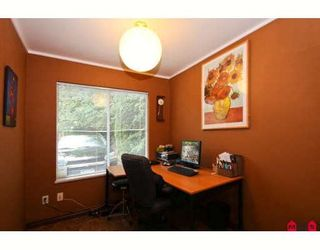 """Photo 4: 119 8655 KING GEORGE Highway in Surrey: Queen Mary Park Surrey Townhouse for sale in """"CREEKSIDE VILLAGE"""" : MLS®# F2917932"""